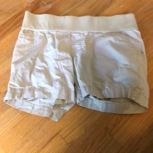 Maternity khaki shorts under belly